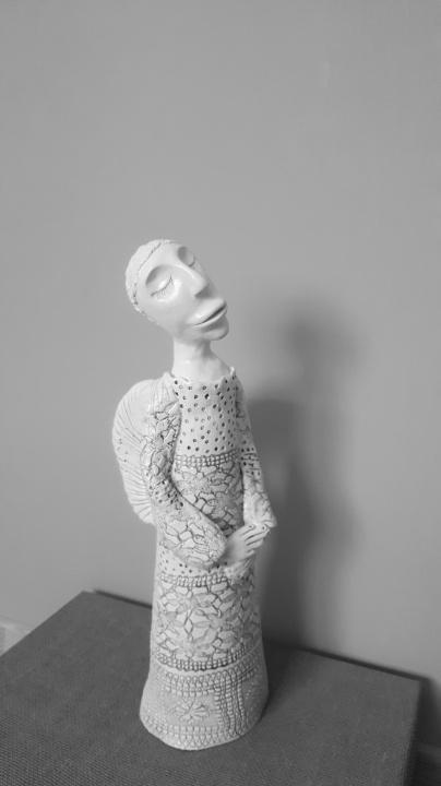 Keramikos angelas Žinia