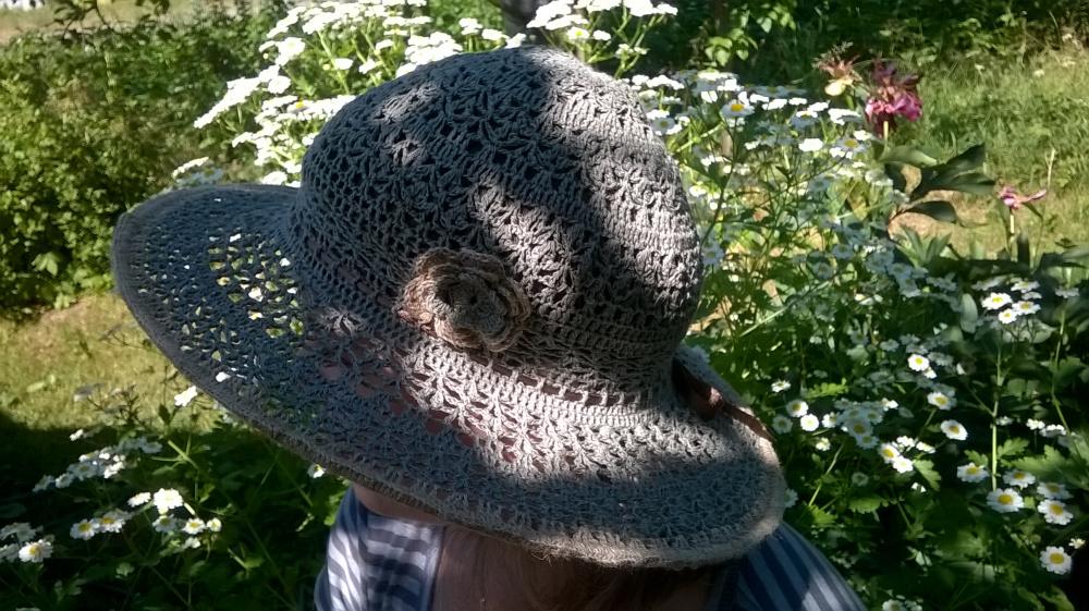 Lininė nerta skrybėlaitė