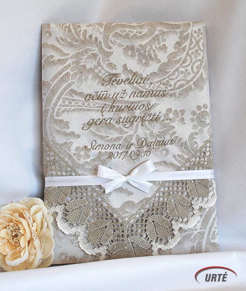 Lininė siuvinėta staltiesė tėveliams vestuvių proga