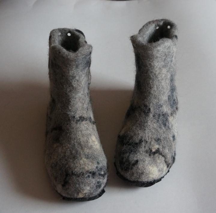 """Moteriški veltinio batai """"Marmuriniai"""""""