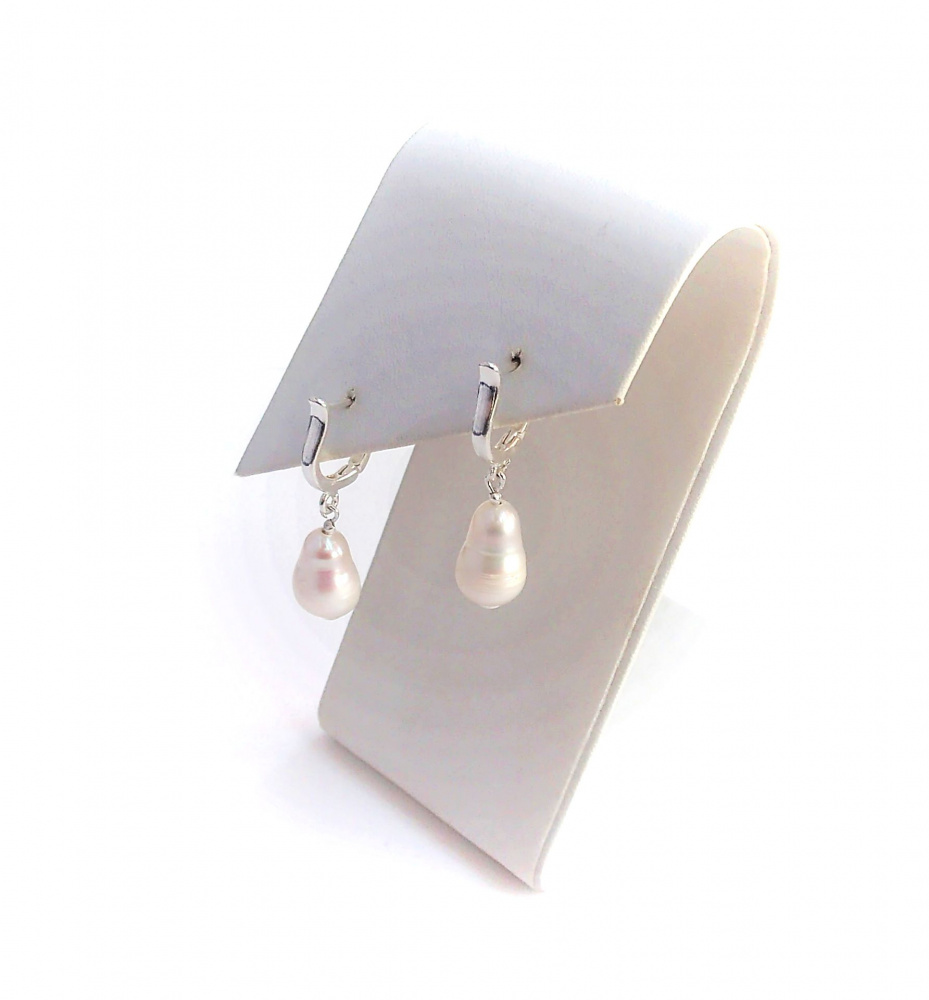 """Natūralių gėlavandenių perlų auskarai """"Kriaušės"""""""