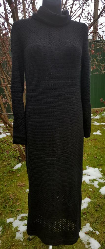 Nerta ilga juoda suknelė 1