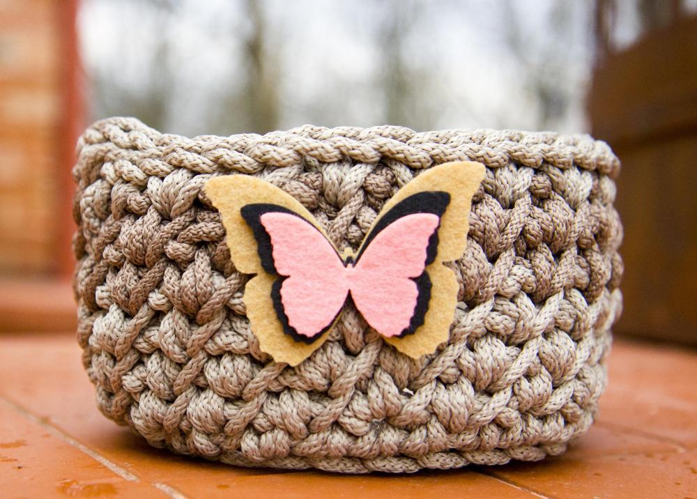 Nertas krepšelis su drugeliu Nr.1