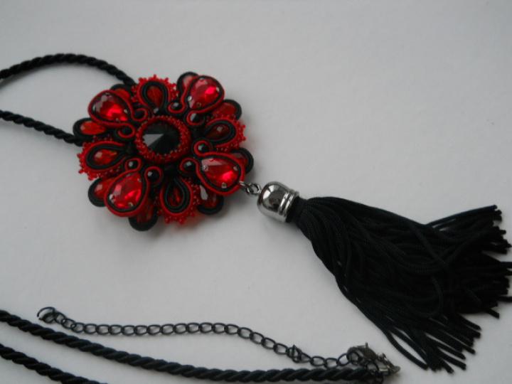 Pakabukas red&black
