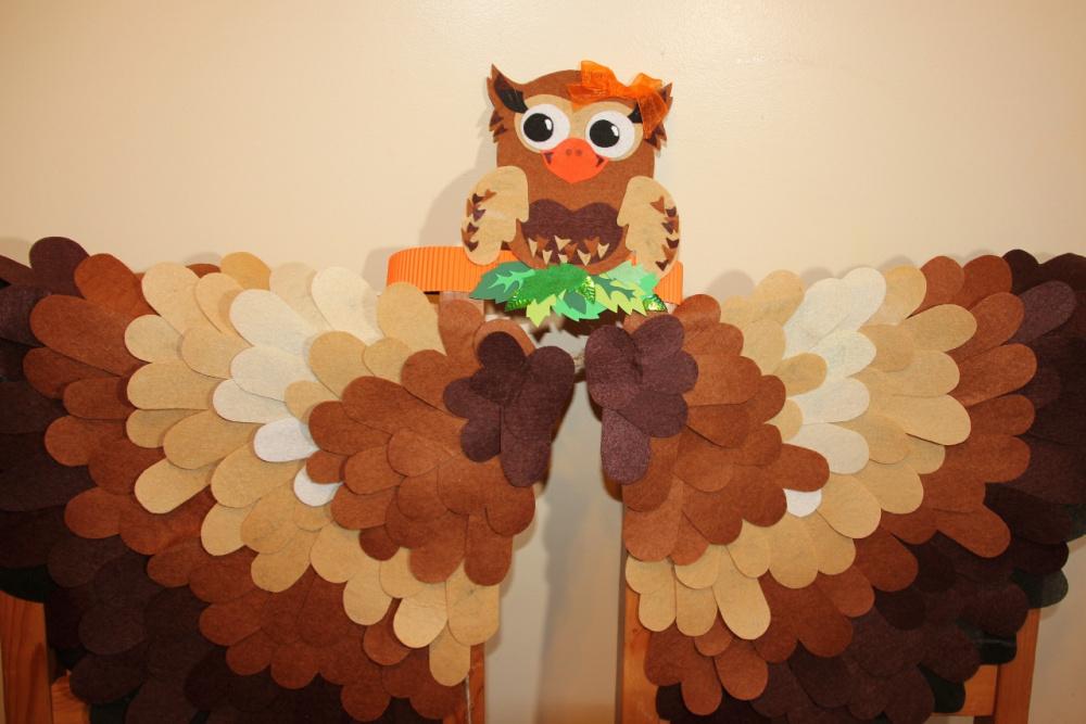 Pelėdžiukės kaukė - karūna ir sparnai