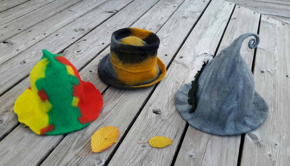 Pirties kepurė trispalvė