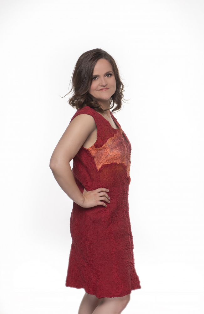 Raudona velta merino vilnos suknele