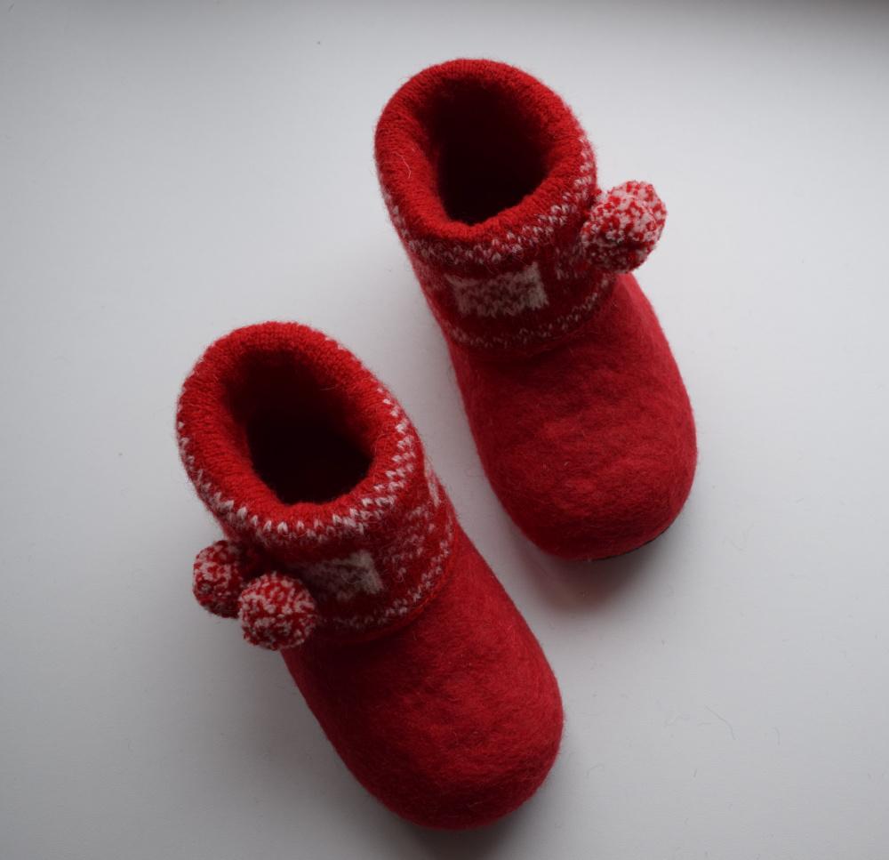 Raudonai raudonos