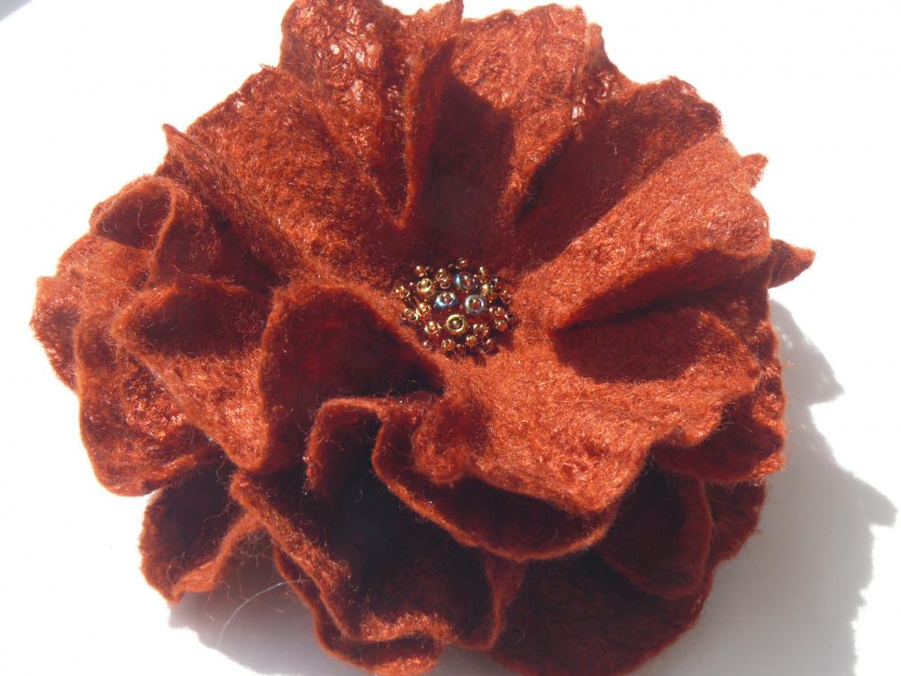 Sagė gėlė cinamoninė.
