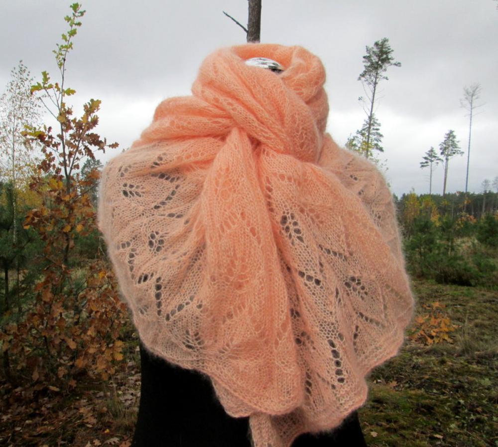 Šalikas oranžinis Kaštono lapai megztas virbalais