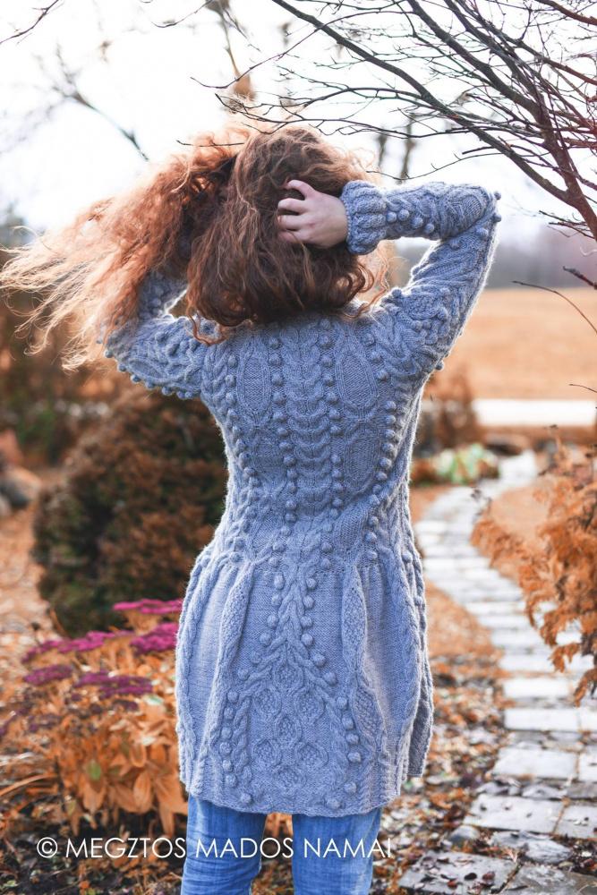 Šiltas paltukas artėjančiam rudeniui...
