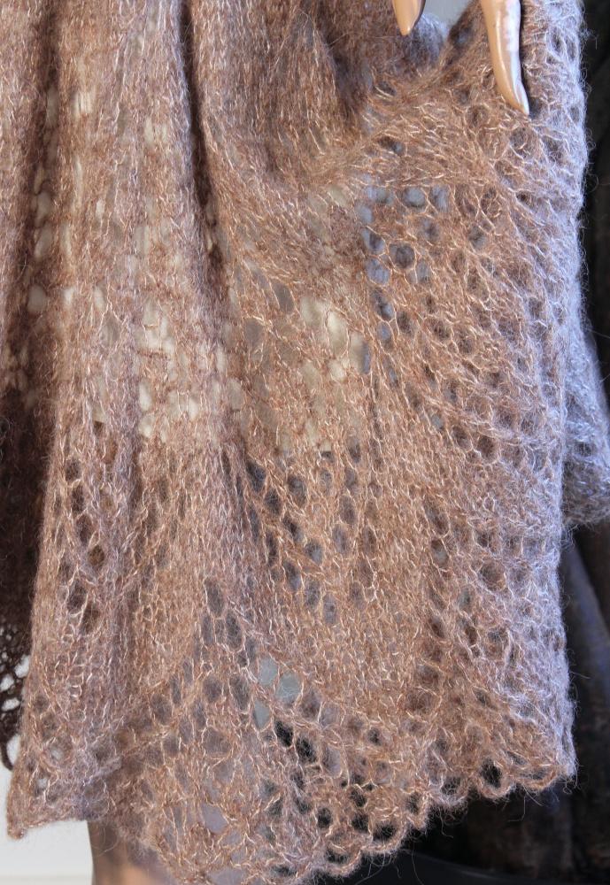 Suknelė su snodu