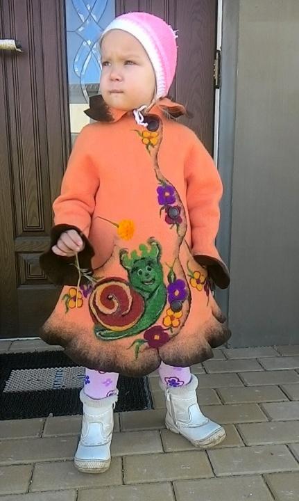 """Vaikiškas paltukas """"Rudeninė sraigė"""""""