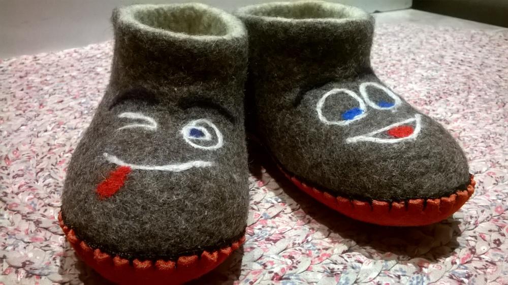 """Vaikiškos šlepetės """"Šypsenėlė 2"""""""