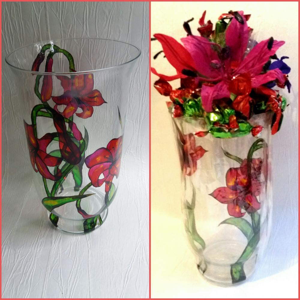 Vaza su lelijomis
