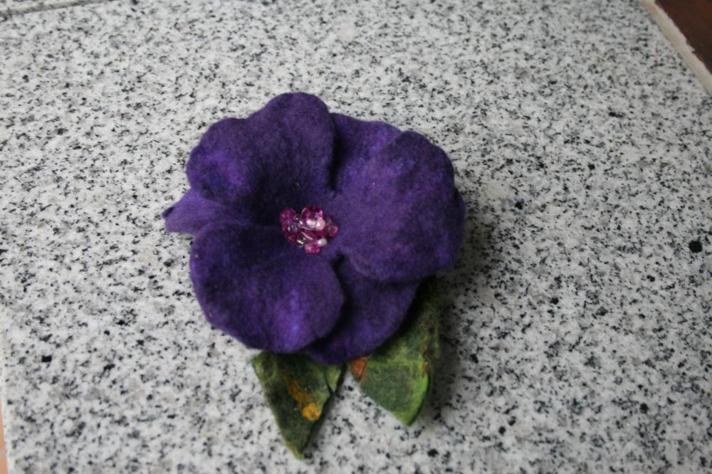 Velta gėlė -sagė ,,NEPAMIRŠK  MANĘS ,,