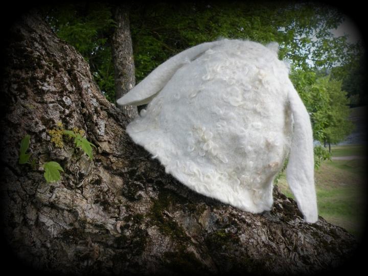 "velta pirties kepurė"" debesėlis"""