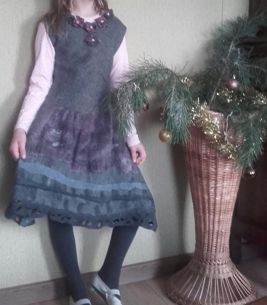 Velta siūta suknelė