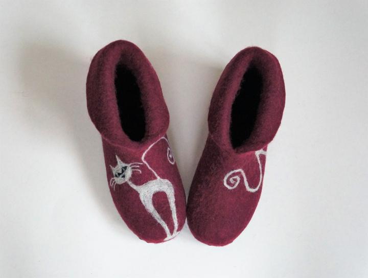 """Velti tapkės-batai """"Porelė katukų"""" 39 dydis"""