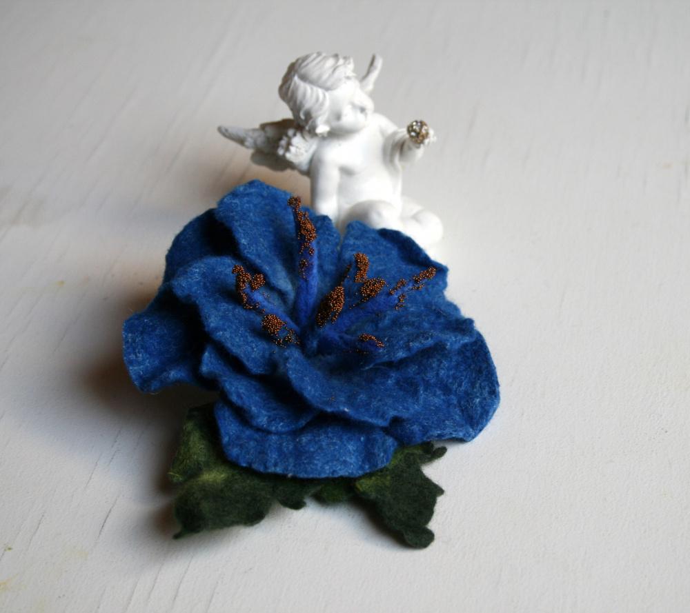 Veltos gėlės ,,MĖLYNOS ,,