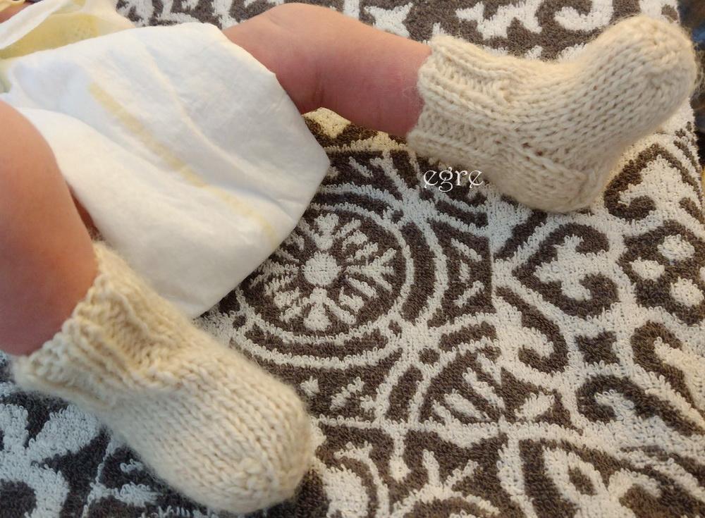 Vilnonės kojinės naujagimiui_2