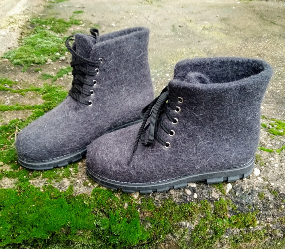 44 d. Vyriški veltiniai batai