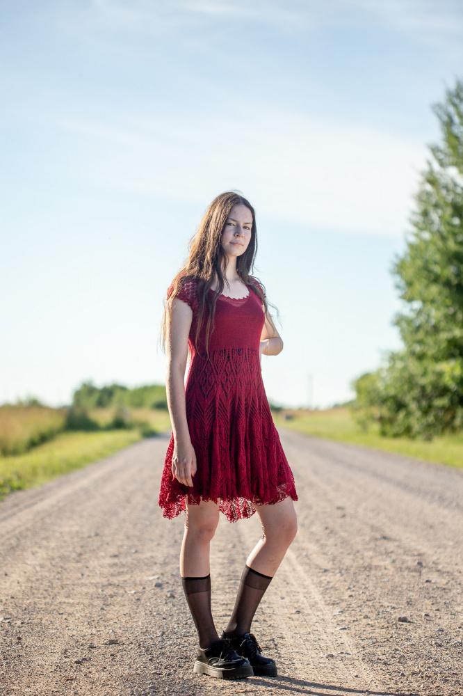 Bordo suknelė
