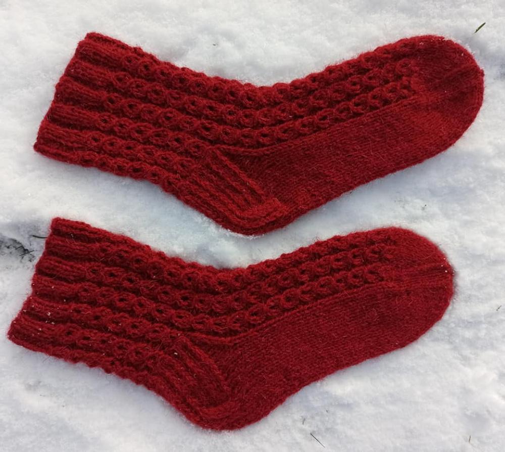 Bordo vilnonės kojinės