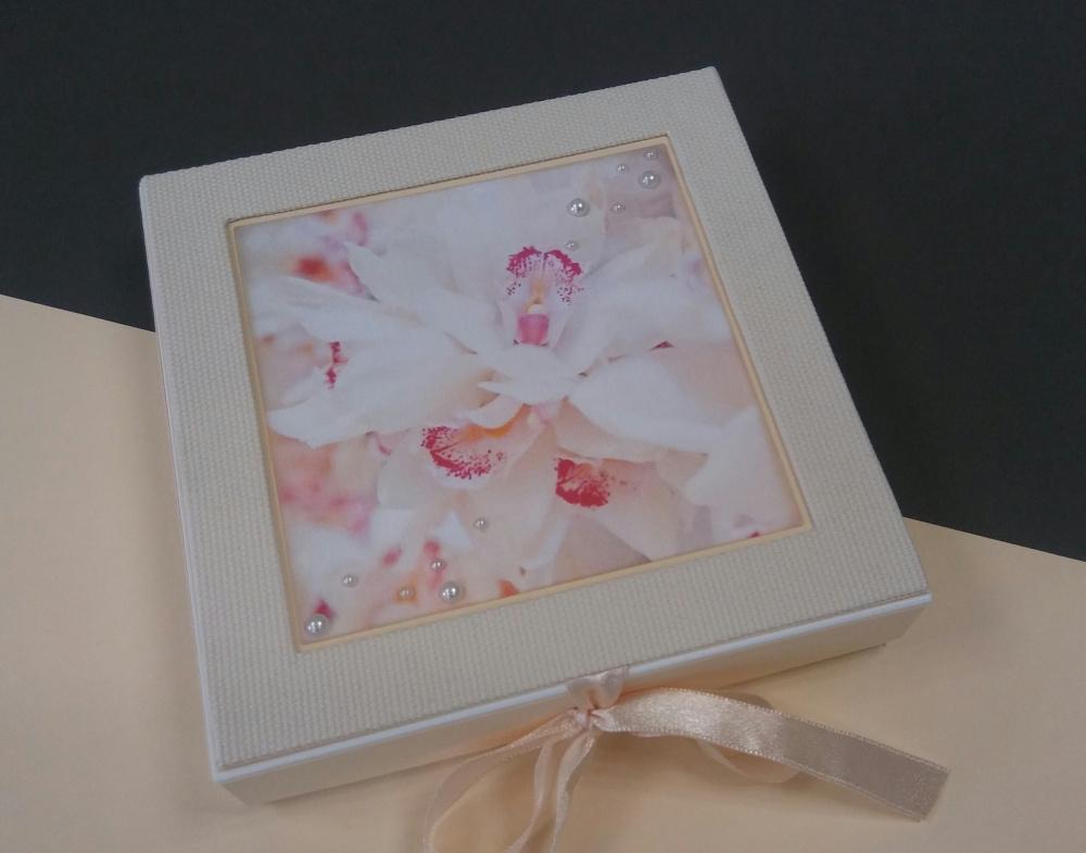 """dėžutė - atvirukas """"orchidėjos"""""""