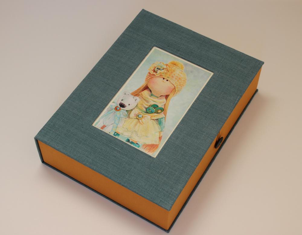 """dėžutė piešiniams """"Saulės mergaitė"""""""