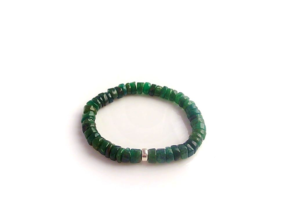 Emerald su sidabru