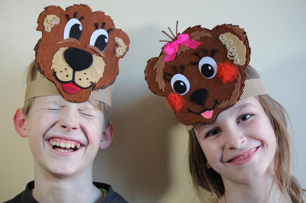 Išskirtinė Meškučio arba meškutės kaukė vaikučių vaidinimams