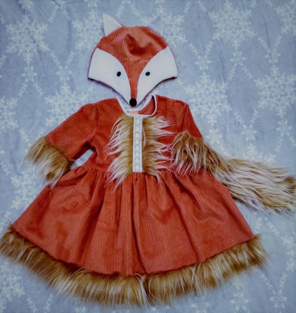 Lapės, laputės karnavalinis kostiumas mergaitei; velvetas