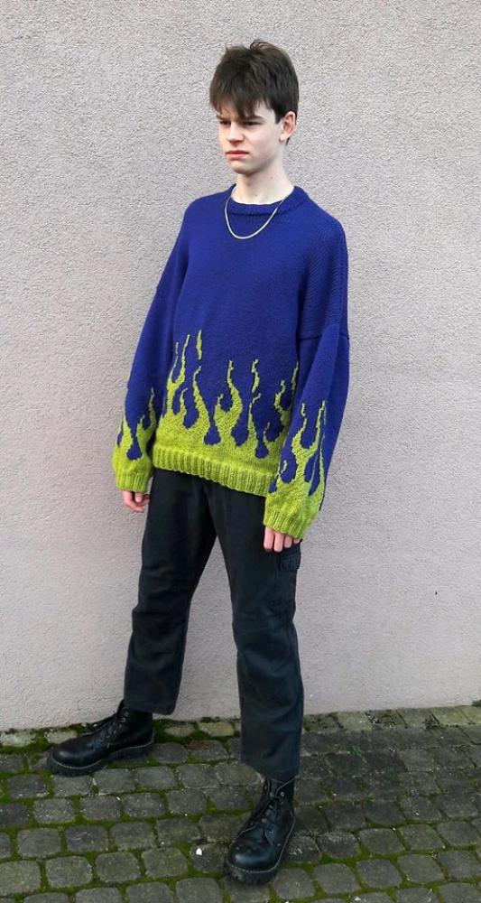 Liepsnų megztinis