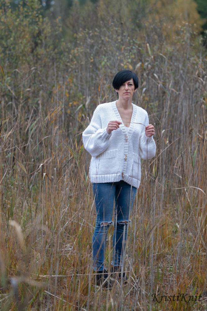 """moteriškas megztinis """"Snaigė"""""""
