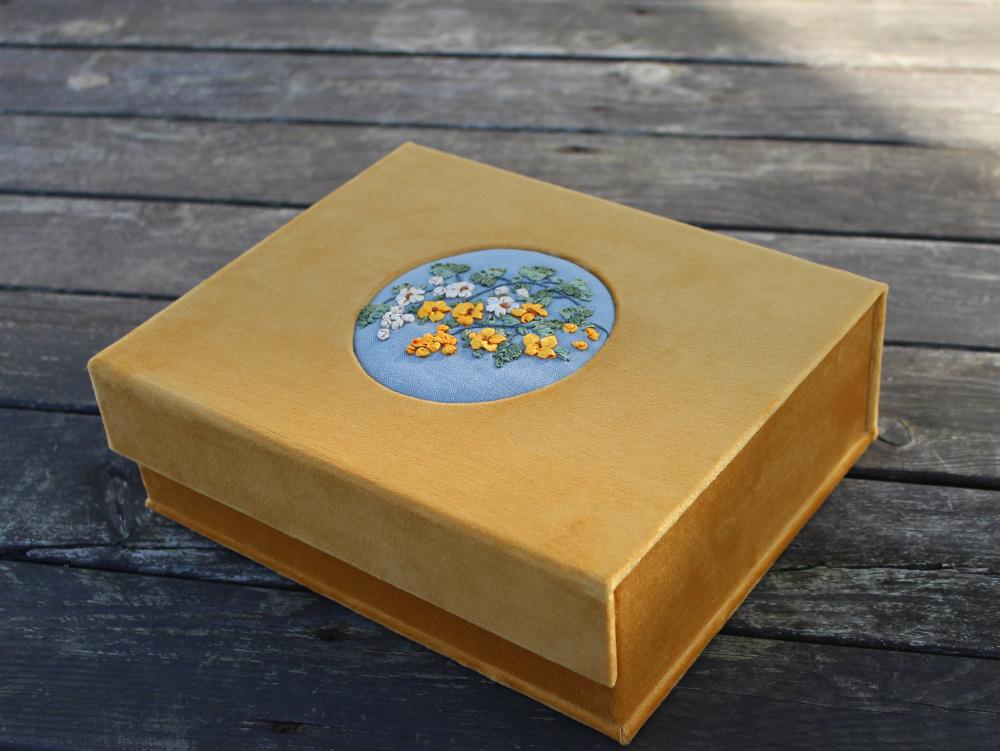"""papuošalų dėžutė """"auksinis ruduo"""""""