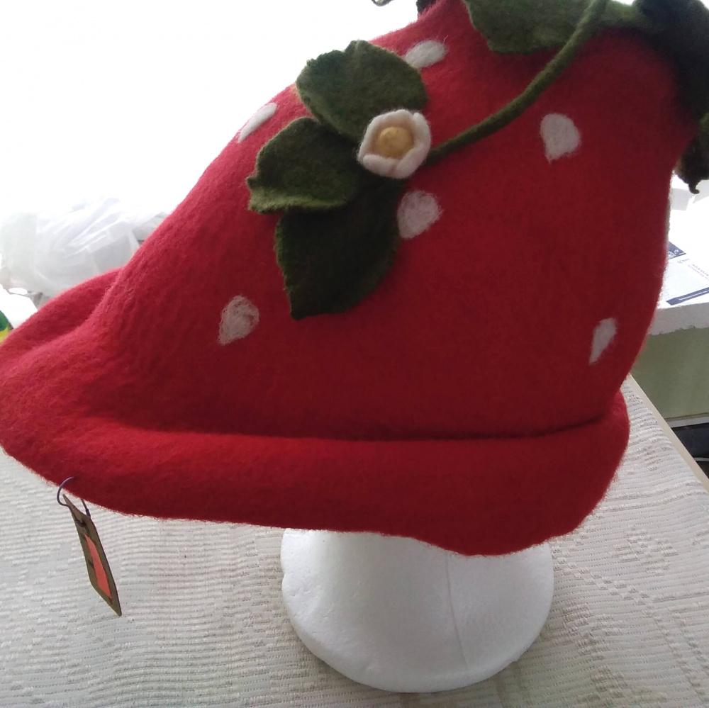 Pirties kepurė - Braškė