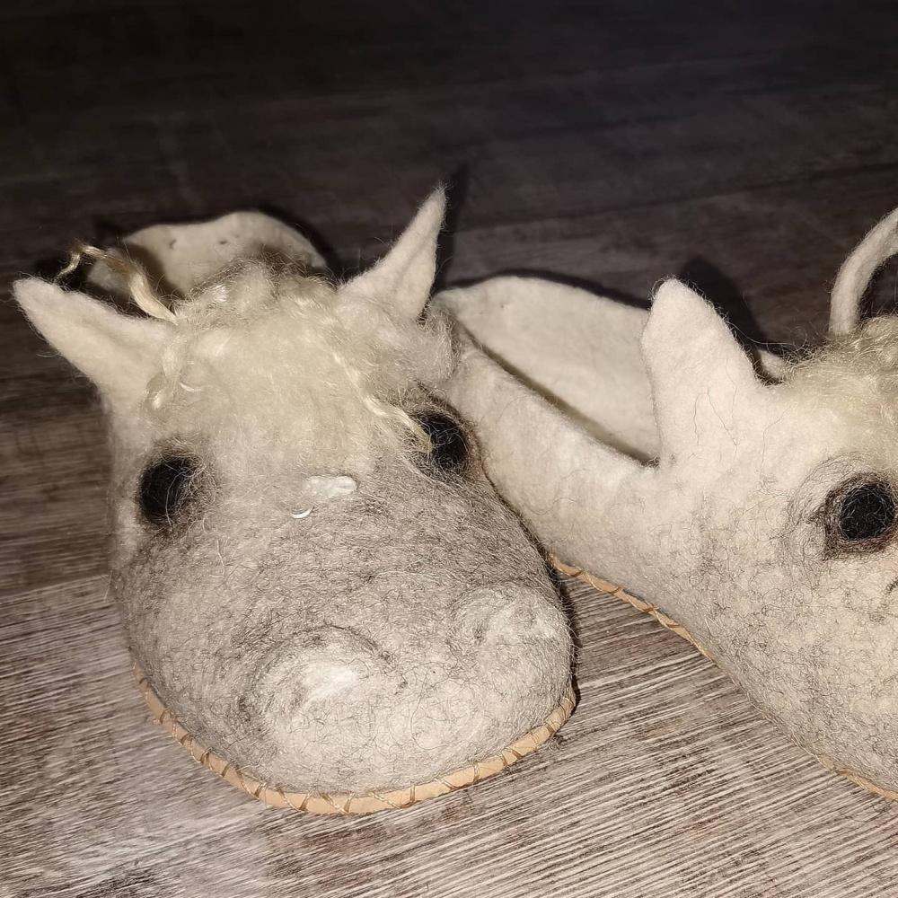 Šlepetės arkliukai