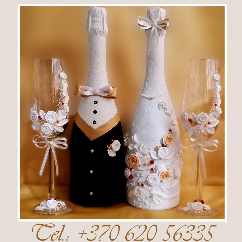 Taurės vestuvines, dekoruoti buteliai, pagalveles ziedams