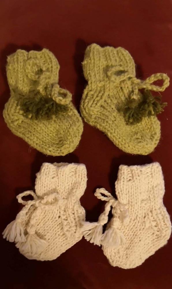 Vaikiškos kojinytės naujagimiams