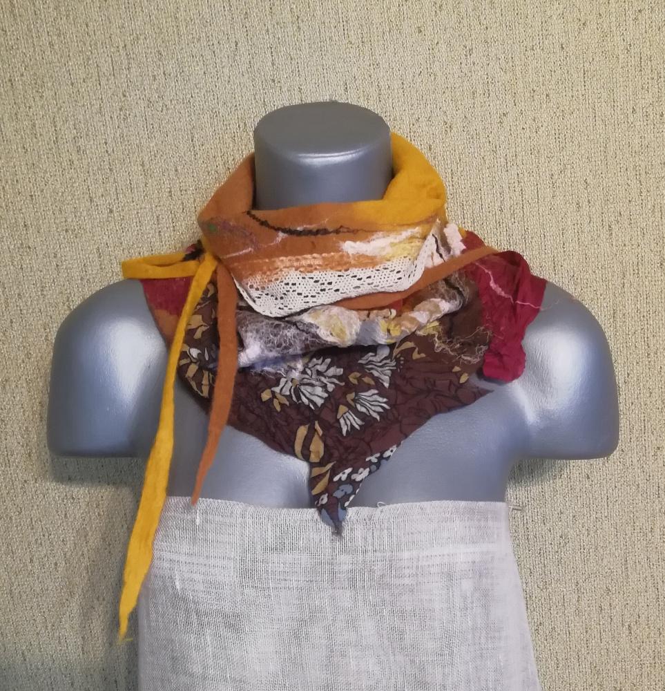Veltas boho stiliaus šalikėlis