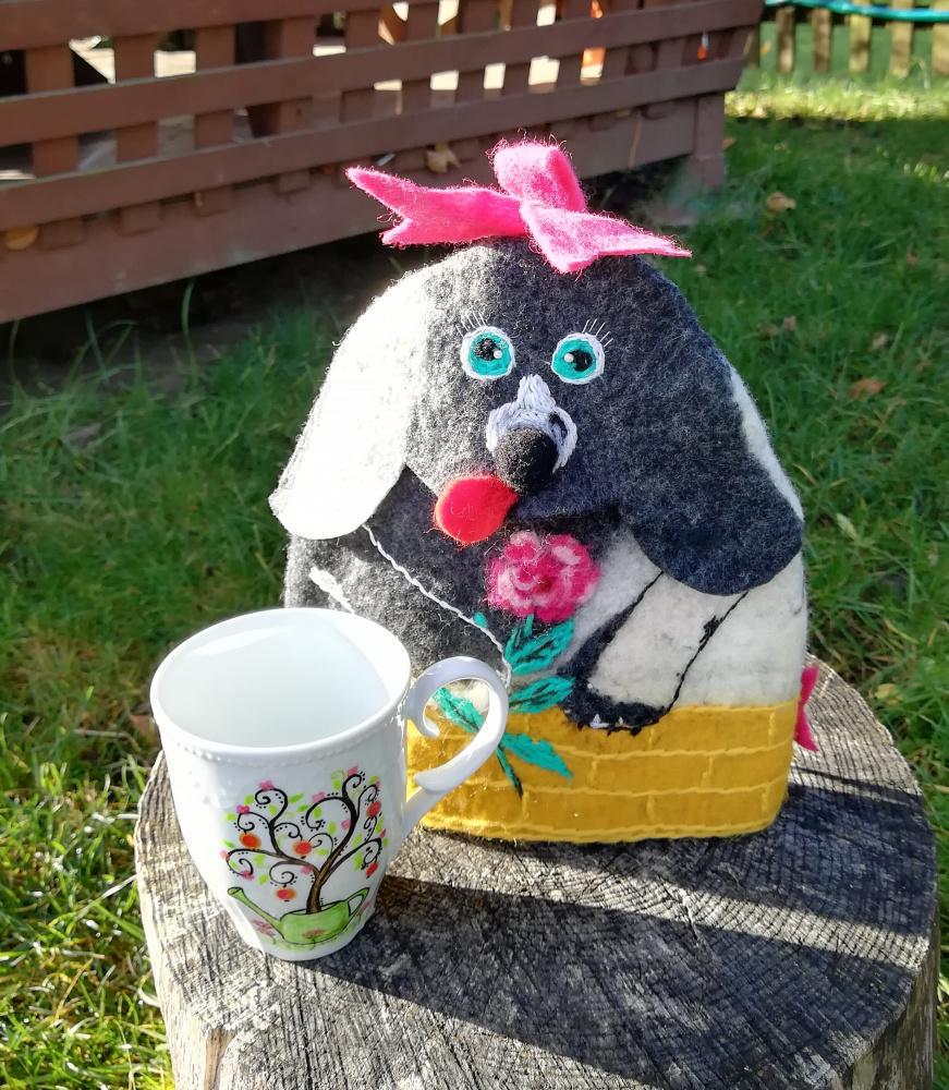 """Veltas šildukas-gaubtas puodeliui, arbatinukui """"Šuniukas"""""""