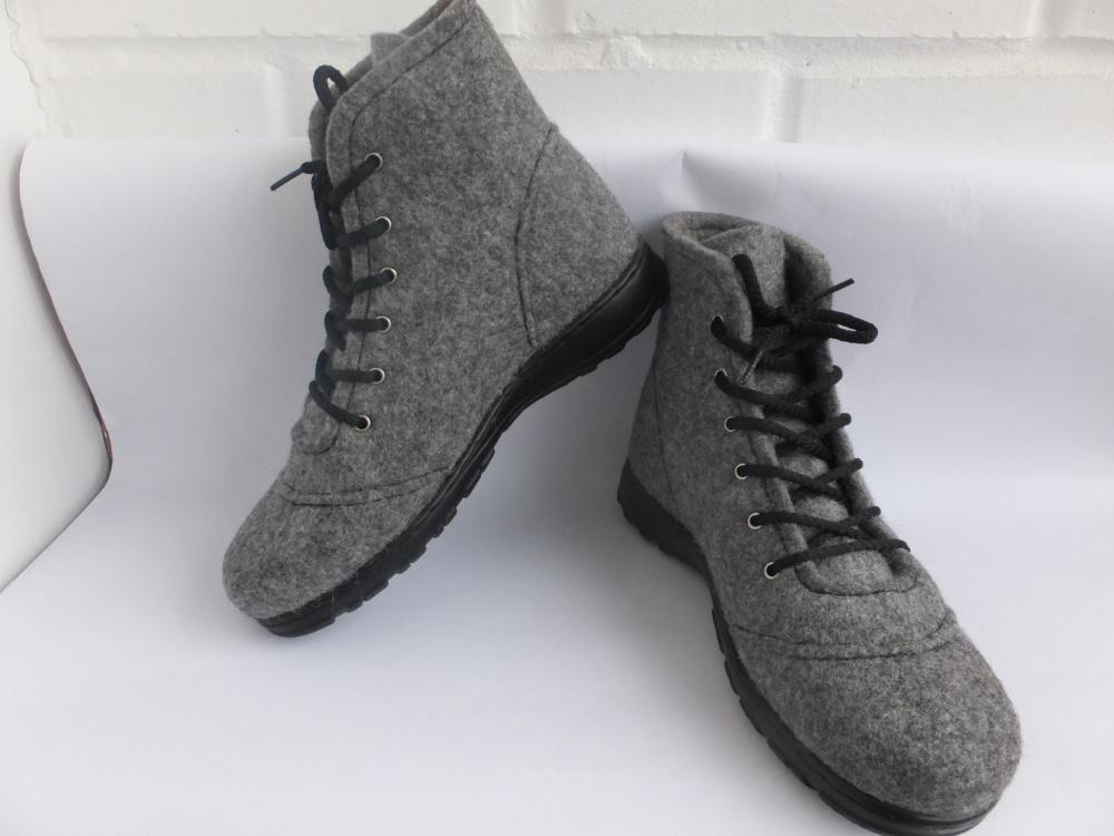 "velti batai ""Natural"""
