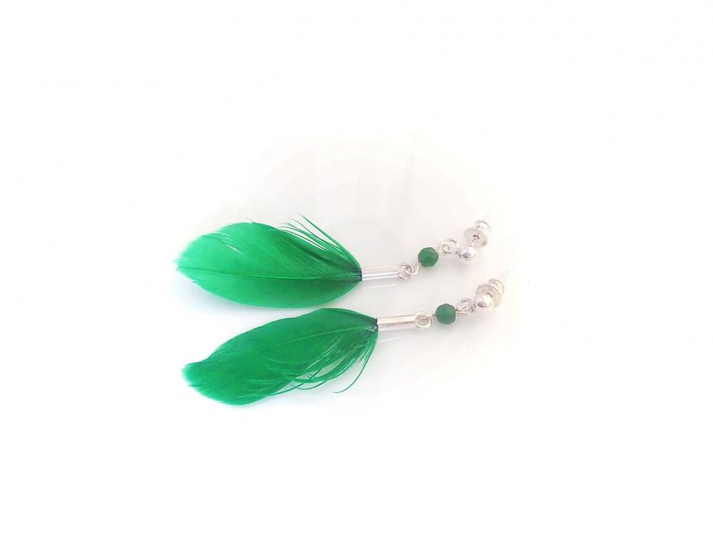Žali lengvi plunksnų auskarai