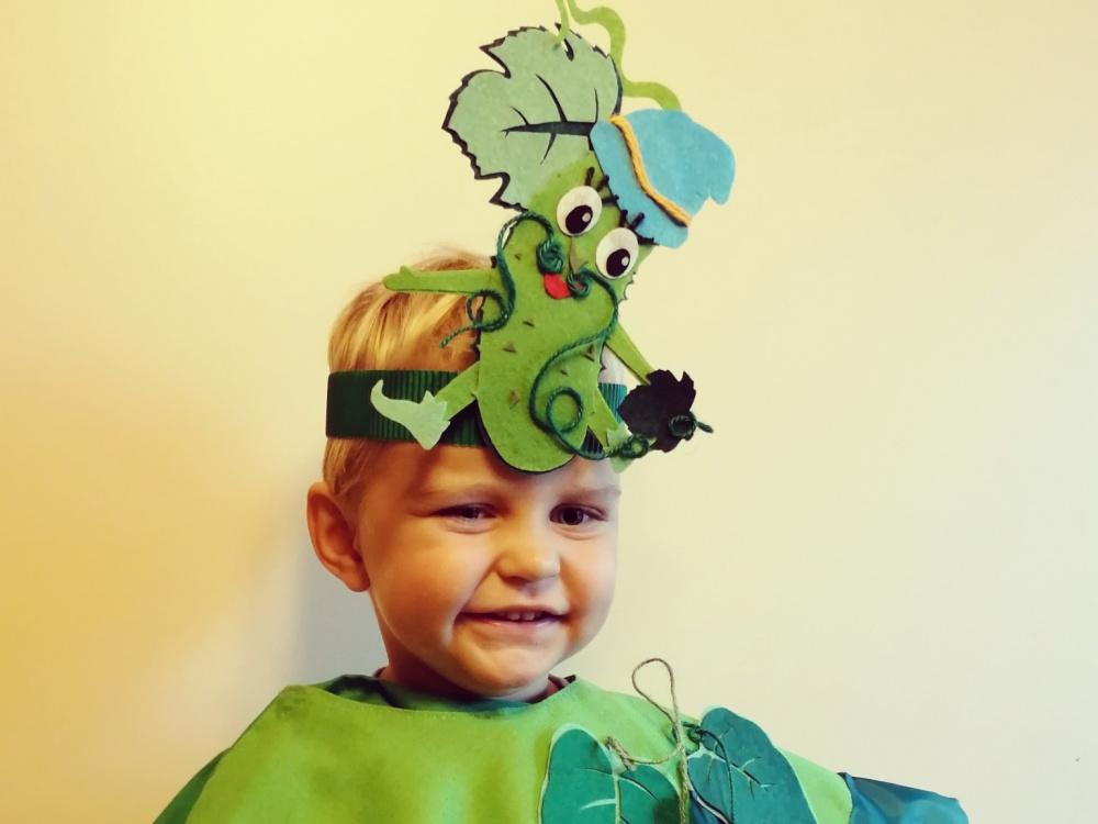 Žaliojo agurkėlio kaukės mergaitei ir berniukui