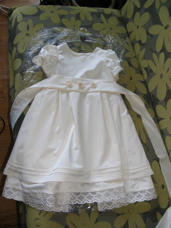 suknelė krikštynoms