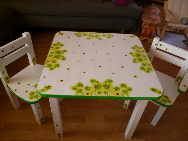 baldai dukrai