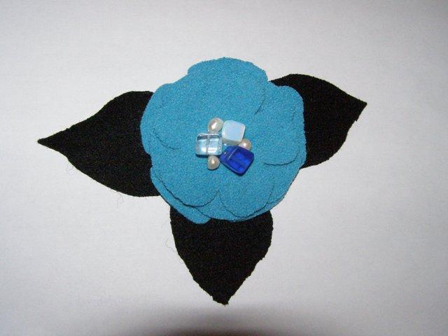 Žydroji gėlelė