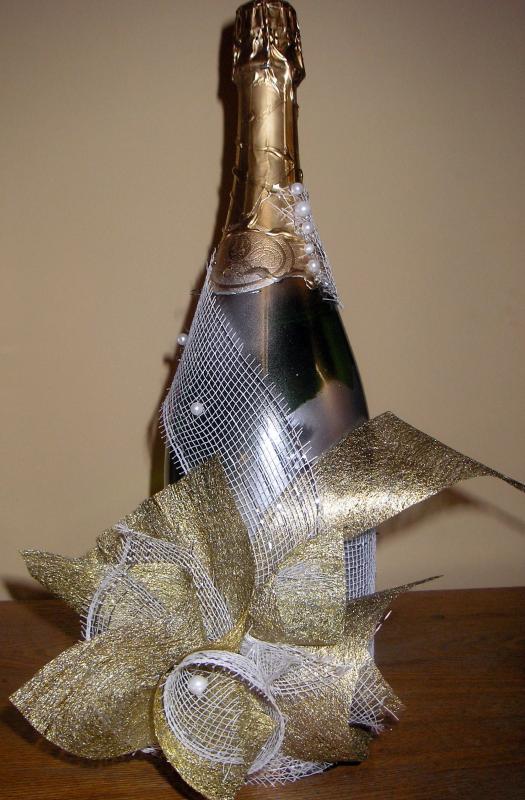 Dekoruotas šampano butelis