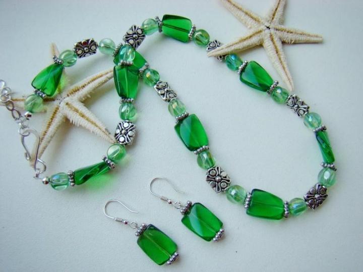 Žalia-žalia